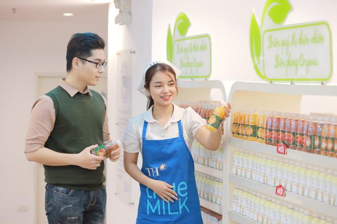 Bà Thái Hương: Hạnh phúc nhất là mang lại những lợi ích thiết thực cho cộng đồng - 4