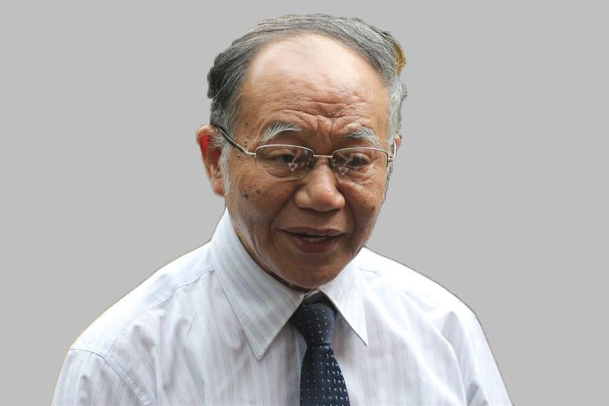 Giáo sư Hoàng Chí Bảo.