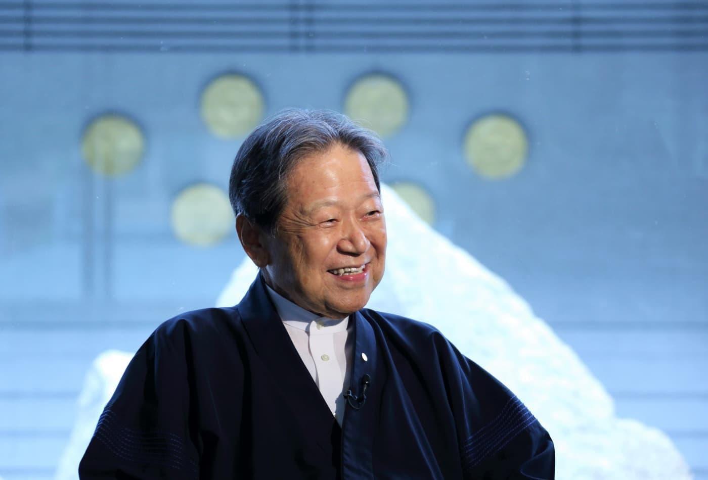 Nhà đầu tư được mệnh danh là 'Warren Buffett của Nhật Bản': Bí quyết để thành công, giàu có và hạnh phúc trong cuộc sống chỉ gói gọn trong 1 từ này - Ảnh 1.