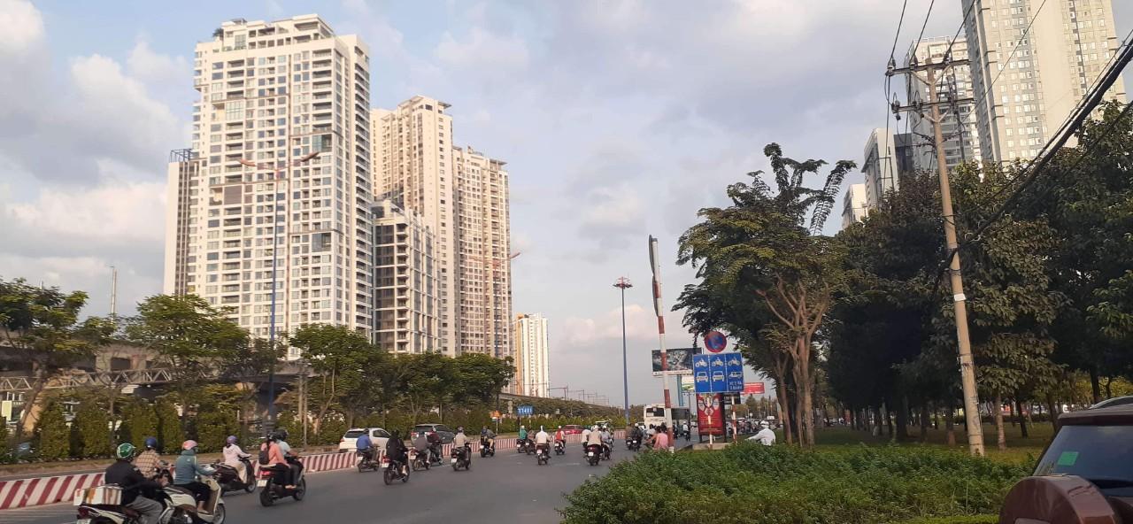 Diễn biến trái chiều trên thị trường căn hộ Hà Nội và Tp.HCM - Ảnh 1.