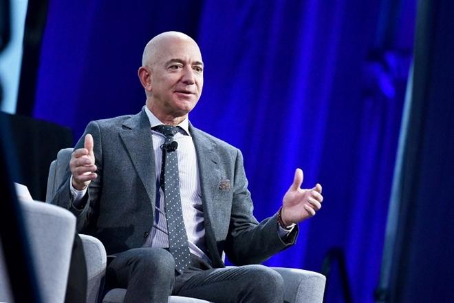 Chân dung người ngồi ghế nóng Amazon sau khi Jeff Bezos từ chức - 1