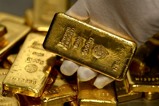 Giá vàng SJC giảm mạnh, xuống dưới mức 55 triệu đồng/lượng - 1