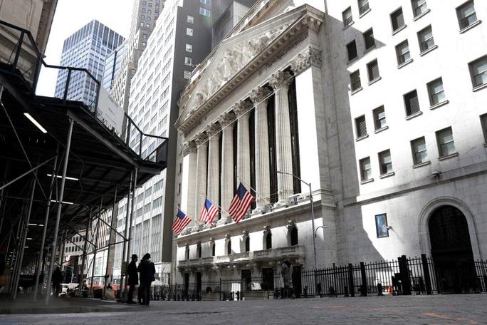 Các ngân hàng toàn cầu mất hơn 6 tỉ USD từ sụp đổ của công ty đầu tư Mỹ?  - Ảnh 1.