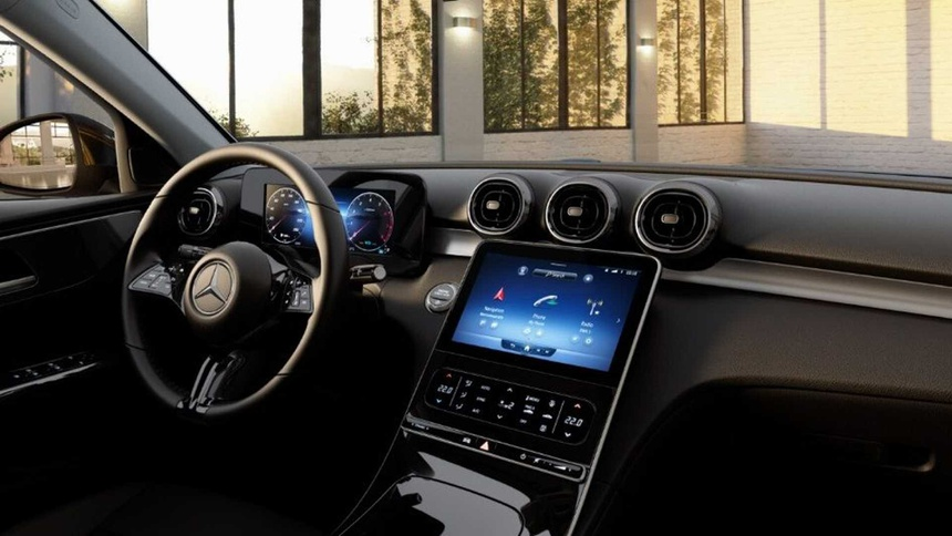 Mercedes C 180 2022. Ảnh: Motor1