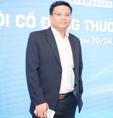 Doanh nhân Trần Ngọc Đính.