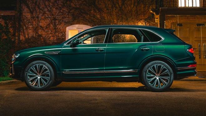 Ngắm SUV siêu sang Bentley Bentayga xanh ngọc lục bảo độc nhất vô nhị - 2
