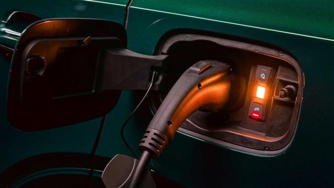 Ngắm SUV siêu sang Bentley Bentayga xanh ngọc lục bảo độc nhất vô nhị - 8