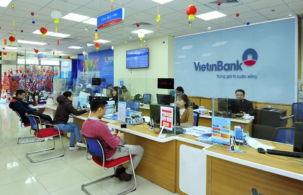 VietinBank bán 4 khoản nợ có lãi phải thu vượt 70% số dư gốc - Ảnh 1.