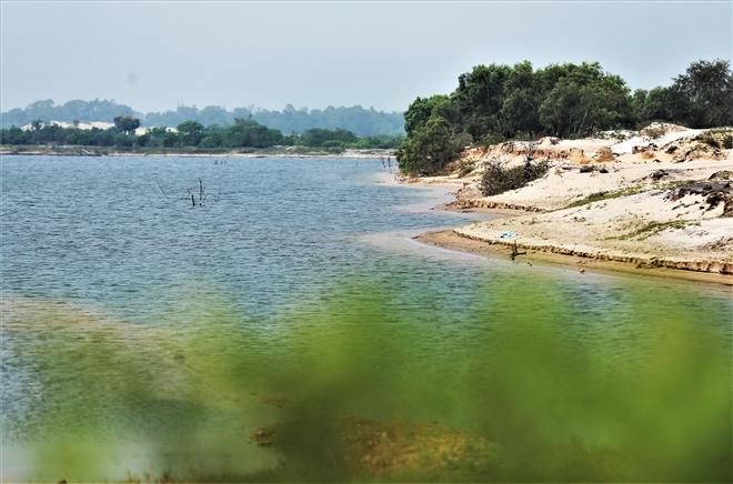 Mỏ sắt lớn nhất Đông Nam Á ở Việt Nam bất động gần 10 năm - 13