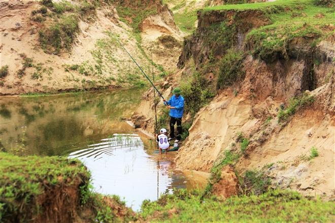 Mỏ sắt lớn nhất Đông Nam Á ở Việt Nam bất động gần 10 năm - 14