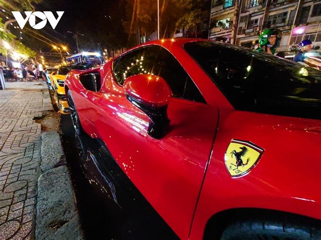 Ferrari SF90 Stradale đầu tiên về Việt Nam lần đầu xuống phố - 5