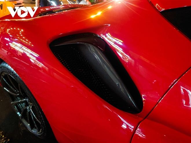 Ferrari SF90 Stradale đầu tiên về Việt Nam lần đầu xuống phố - 7