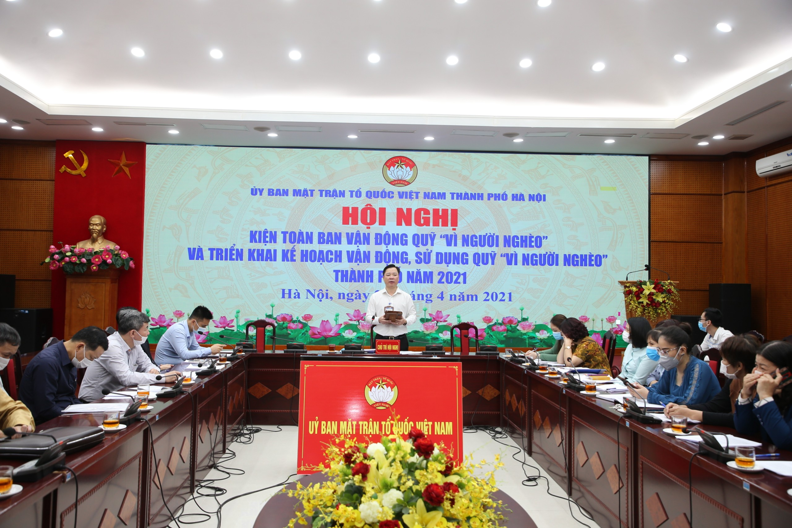 Ông Nguyễn Sỹ Trường, Phó Chủ tịch UBMTTQ thành phố Hà Nội phát biểu tại hội nghị.