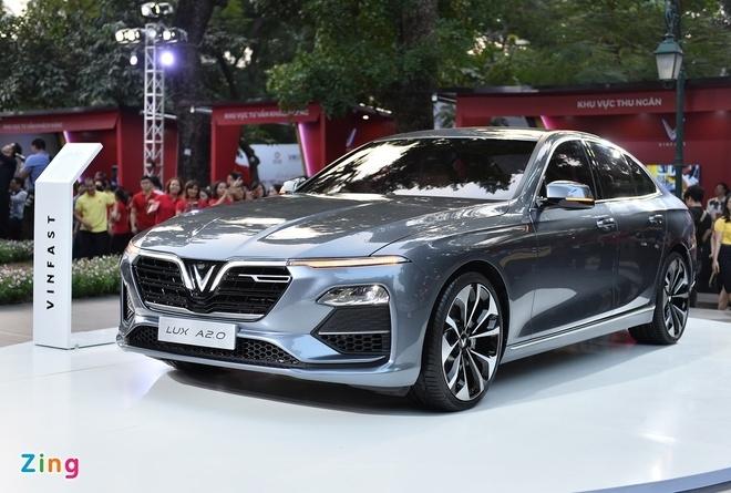 Những lựa chọn ôtô tầm giá 1,3 tỷ đồng, đủ loại từ sedan tới bán tải
