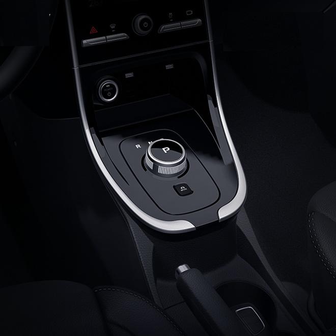 VinFast tung ảnh cận cảnh nội thất xe điện VF e34 - Ảnh 3.
