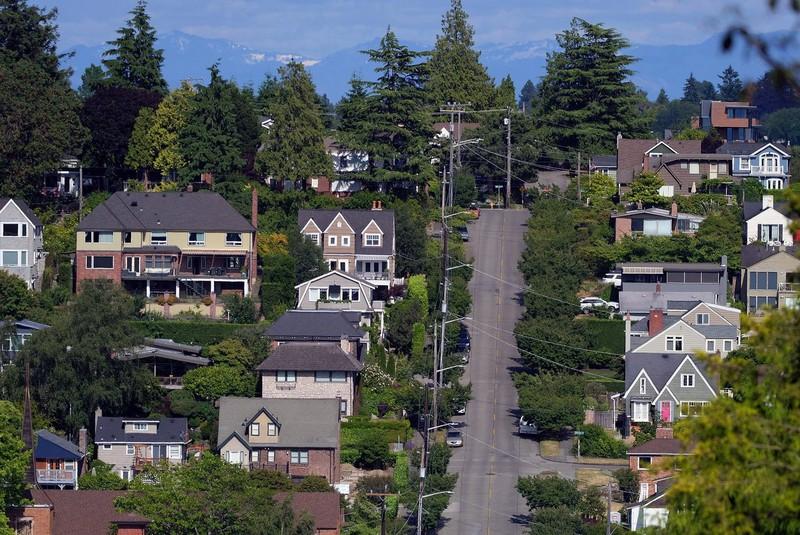 Vì sao giá bất động sản thế giới tăng chóng mặt? - Ảnh 1.