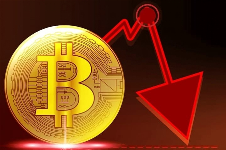 Bitcoin thủng mốc 30.000 USD, có tiếp tục lao dốc? - 1