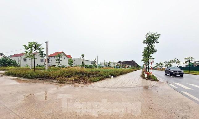 Phiên đấu giá đất kỷ lục ở Thái Nguyên giữa mùa dịch và chiêu trò làm giá tạo sốt ảo - Ảnh 3.