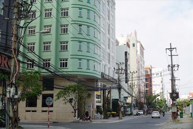 Khách sạn trong mùa dịch: Từ công ty nghìn tỷ đến hộ kinh doanh gia đình đều lao đao - Ảnh 1.