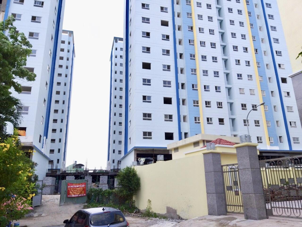 Căn hộ hạng C ở TP HCM vẫn tiếp tục khan hiếm, khiến cho việc sở hữu nhà của người thu nhập thấp trở nên khó khăn hơn.