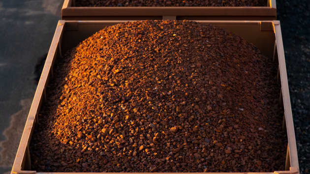 Goldman Sachs: Đừng kỳ vọng cơn sốt quặng sắt hạ nhiệt trước năm 2023 - Ảnh 1.