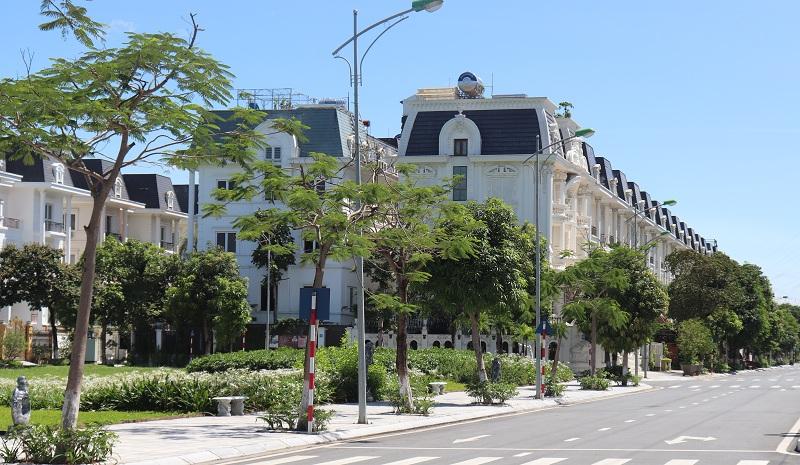 Tại Hà Nội, nhiều khách hàng dưới áp lực trả vay ngân hàng đã rao bán cắt lỗ