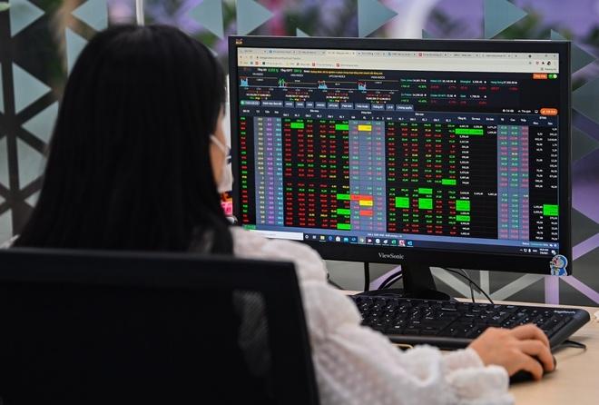 Xem xét giao dịch lại lô tối thiểu 10 cổ phiếu - 1