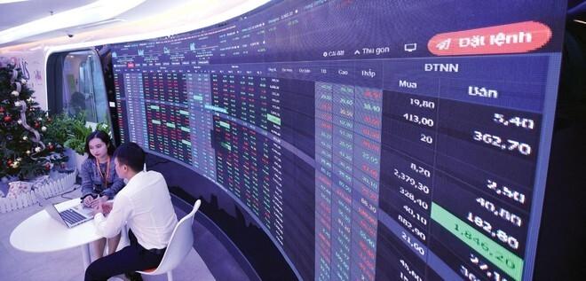 Cuối năm nay, VN-Index sẽ lên 1.700 điểm? - 1