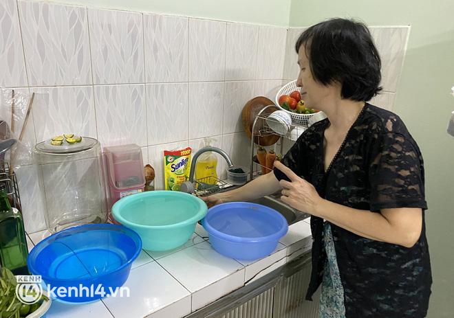 Người dân TP.HCM được giảm 10% tiền nước trong 3 tháng, kiến nghị miễn tiền điện cho công nhân - Ảnh 1.